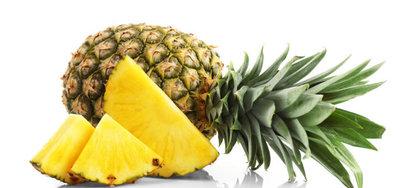 Ananas (Flug; Costa Rica)